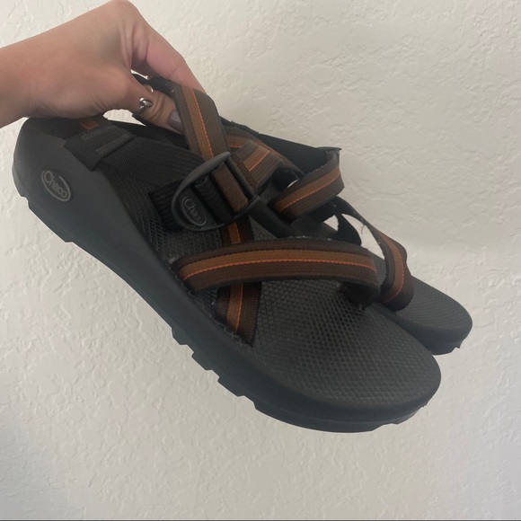 CHACO Men's Brown Strappy Sandal Hiking